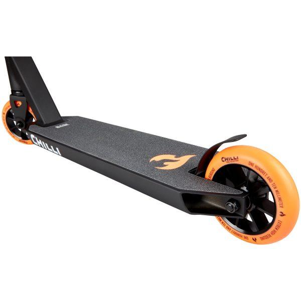Freestyle koloběžka Chilli Base oranžová